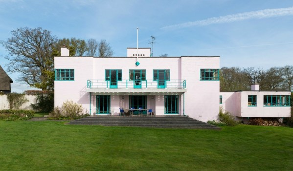 Art Deco house in Essex