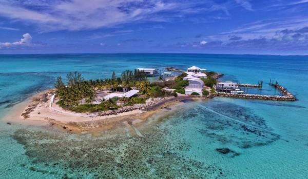 Lobster Island, Bahamas