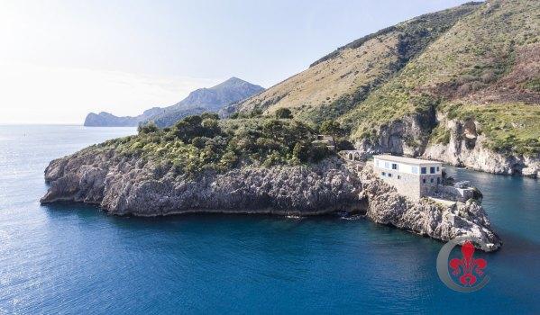 Isca Island, Italy