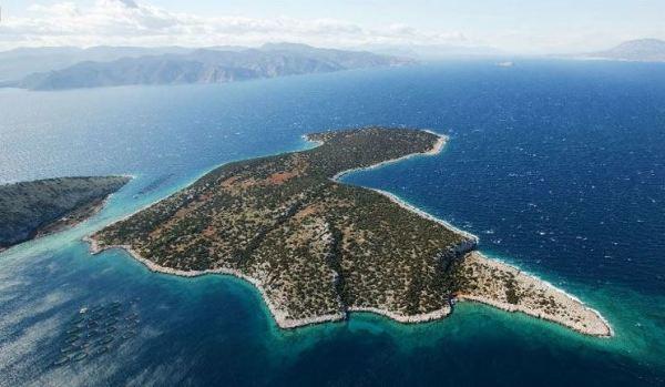 Agios Thomas, Greece