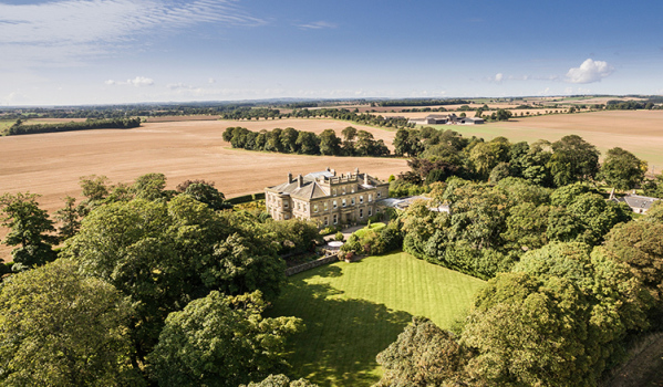 Eight-bedroom country house in Warkworth