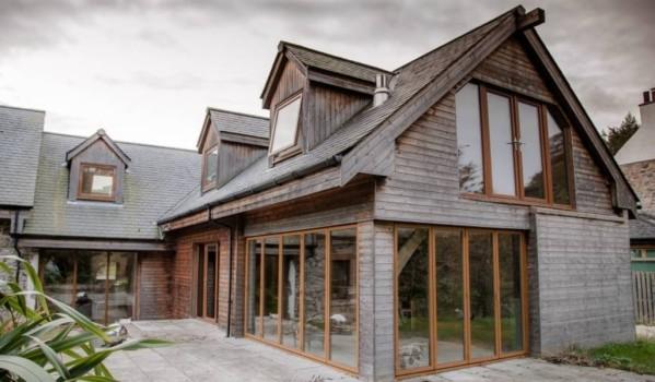 Seven-bedroom barn conversion in Alloway