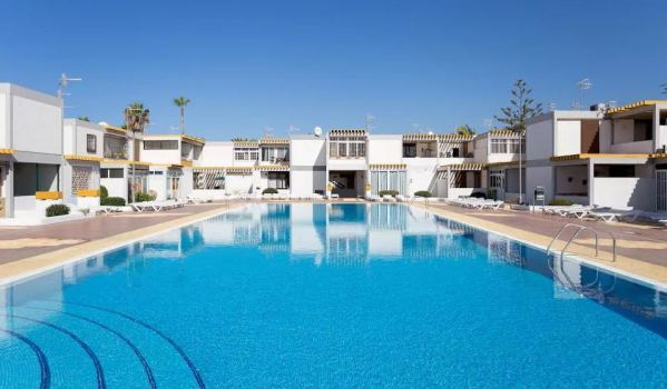Two-bedroom apartment in Costa Del Silencio