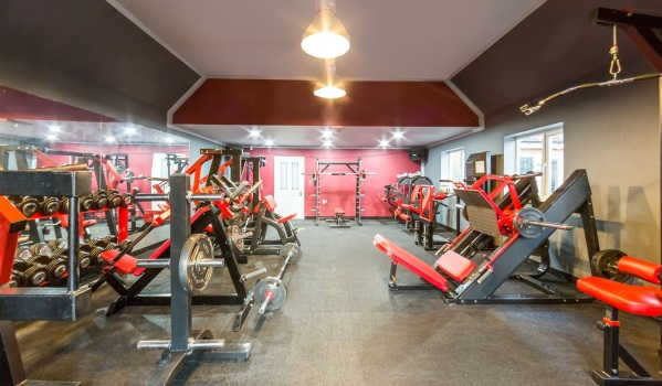 Hardcore home gym in Worksop