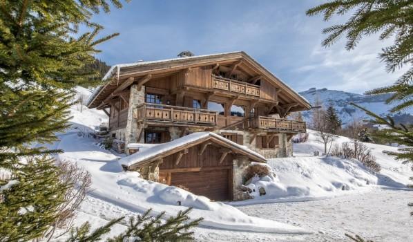 Luxury four-bedroom chalet in Megève