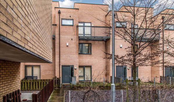 Three-bedroom townhouse in Manchester