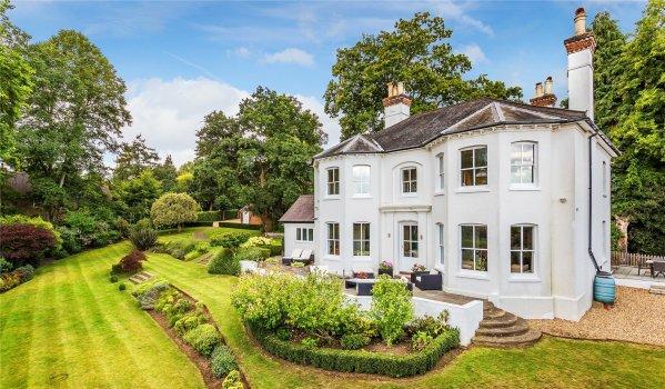 Five-bedroom detached Victorian house in Hook Heath