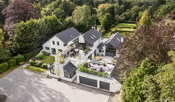 Six-bedroom detached house in Stocksfield