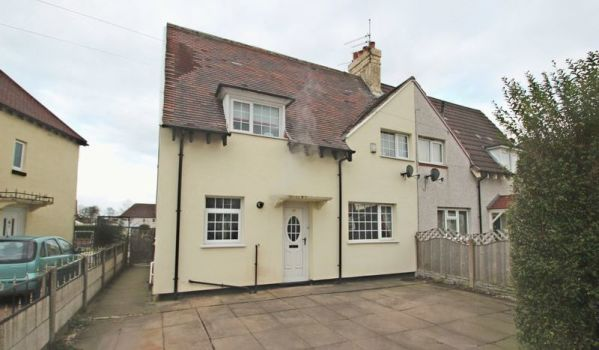 Three-bedroom semi-detached house in Kidsgrove