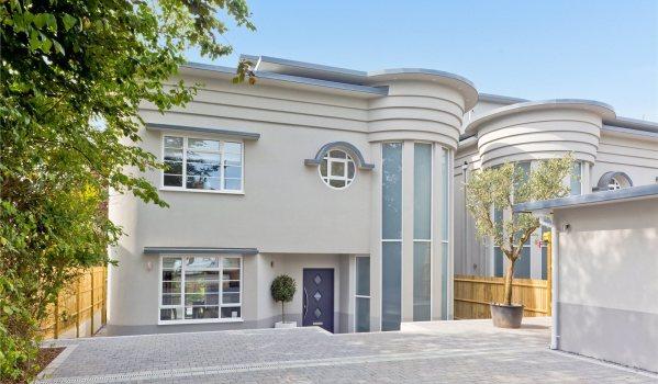 Art-Deco style new-build in Brighton and Hove