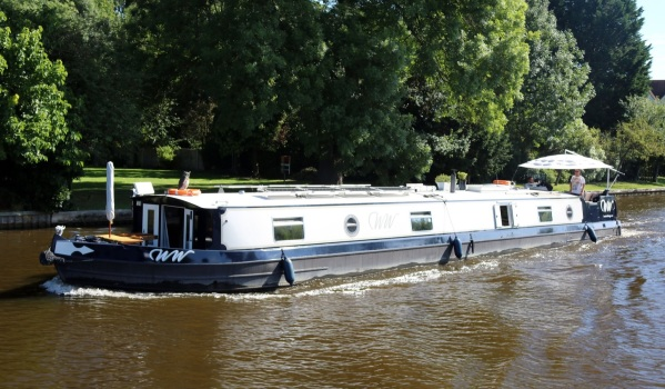Two-bedroom houseboat in Windsor