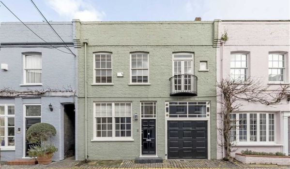 Mews house in South Kensington