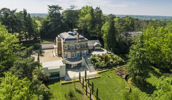 Seven-bedroom mansion in St. Georges Hill