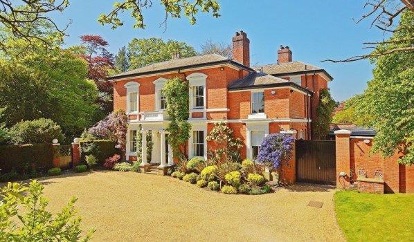 Seven-bedroom detached house in Edgbaston