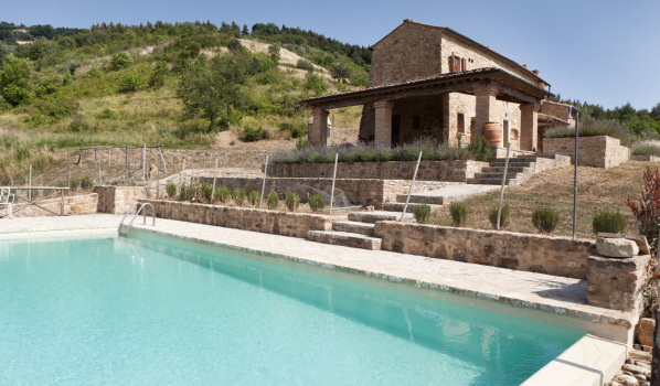 Two-bedroom country house in Volterra