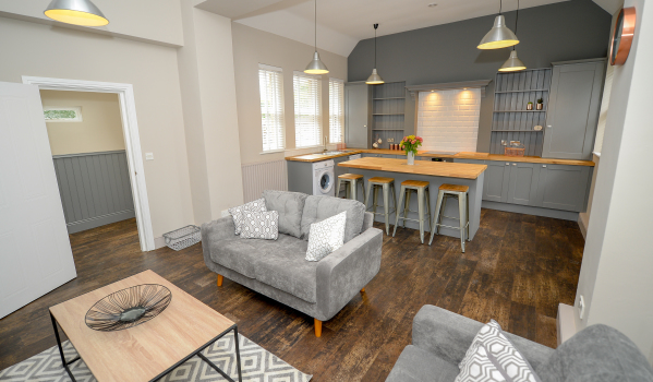 One-bedroom flat in Nether Edge for rent