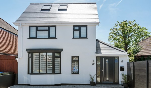 Modernised detached house in Cobham