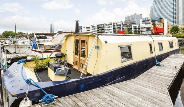 One-bedroom houseboat in Canary Wharf
