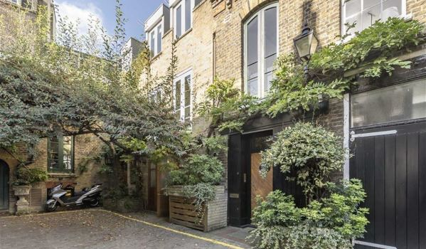 Mews house in Notting Hill
