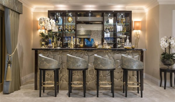 Bar in a six-bedroom detached house in Beaconsfield