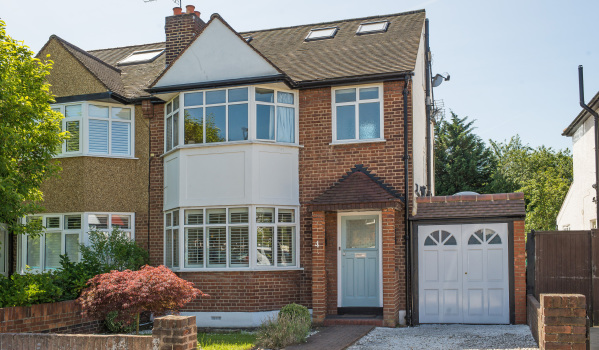Semi detached house in London