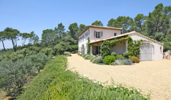 Three-bedroom villa in Lorgues