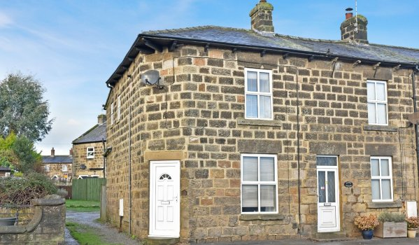 Two-bedroom cottage for sale for £150,000