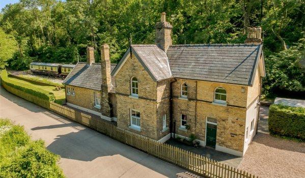 Five-bedroom detached house in Coalport