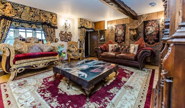 Two-bedroom cottage in Cranford