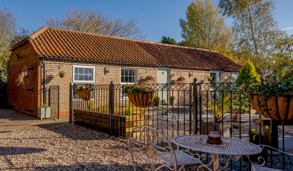 5 homes with annexes for sale to support independent living