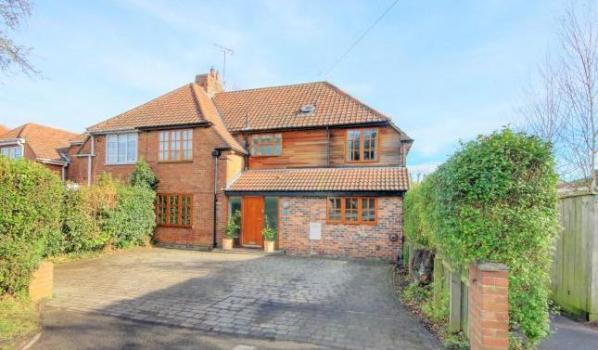 Five- bedroom semi-detached house for £500,000