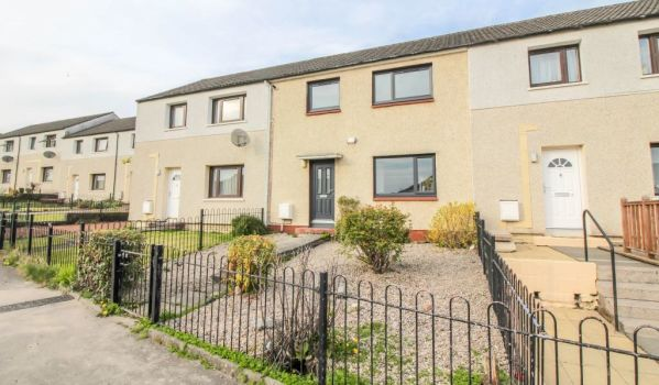 Three-bedroom terraced house for sale in Alloa