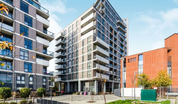 One-bedroom flat for sale in London