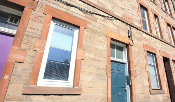 One bed flat for sale for £155000