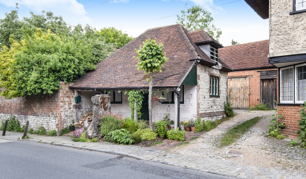 One-bedroom cottage for sale in Selborne