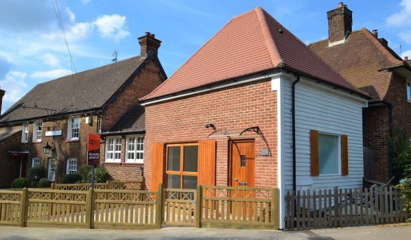 One-bedroom barn conversion for sale in Aldenham
