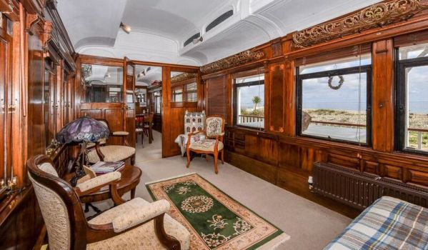 Four-bedroom bungalow in Selsey with a train carriage