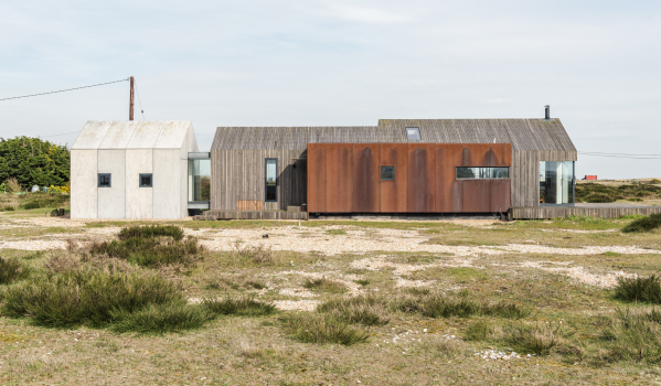 Award winning three-bedroom detached house in Dungeness