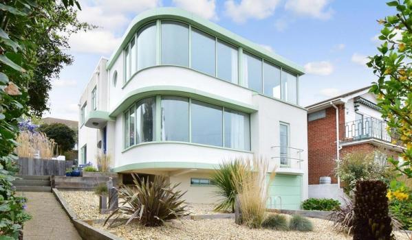 Art deco house for sale in Salt Dean, Brighton