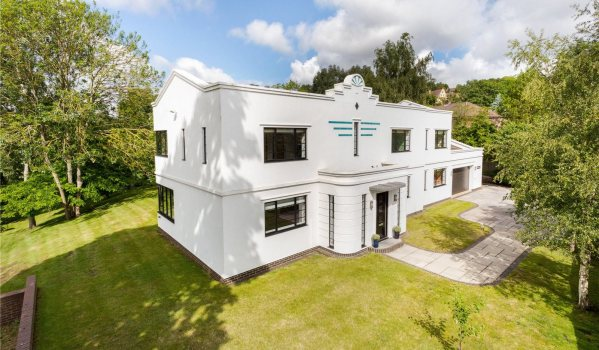 Art deco house for sale in Godalming, Surrey