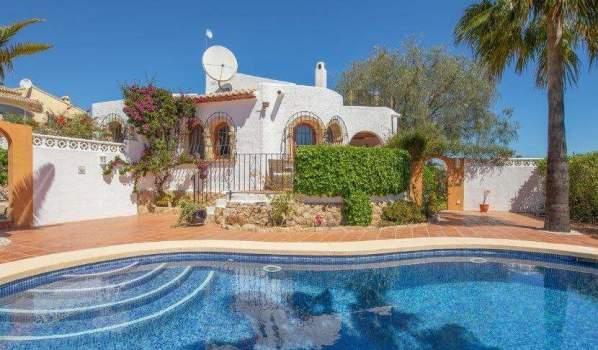 Two-bedroom villa in Xàbia, Spain, for sale