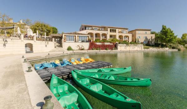 Two-bedroom apartment in Mallemort, France, for sale