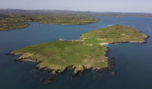 18-bedroom country house in Roaringwater Bay, Ireland, for sale