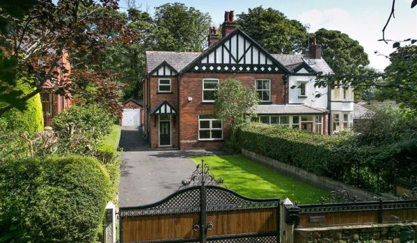 Four-bedroom semi-detached house in Bolton for £725,000