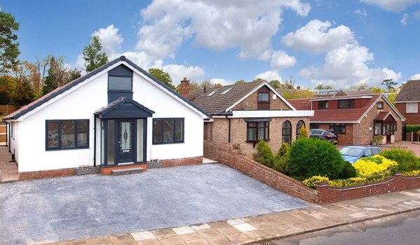 Four-bedroom bungalow in Coventry for £499,995