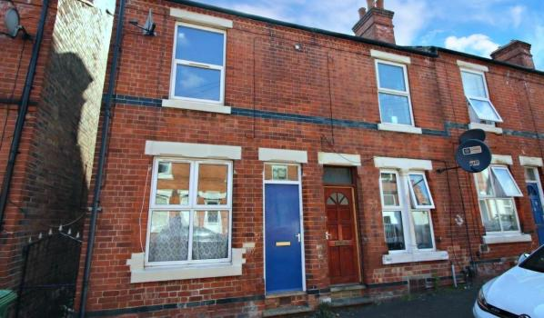 Two-bedroom end terrace house in Nottingham for £67,500