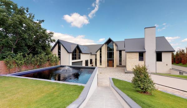 Seven-bedroom detached house in Nottingham for £10m