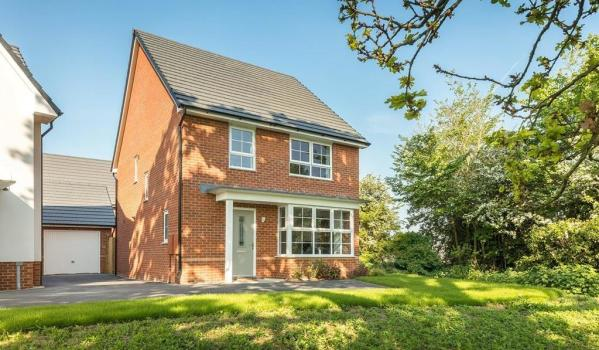 Four-bedroom detached house for £320,995