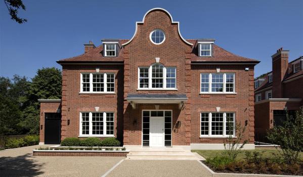 Eight-bedroom detached house in Hampstead Heath