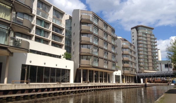 A one-bedroom flat for sale in Nottingham by the canal